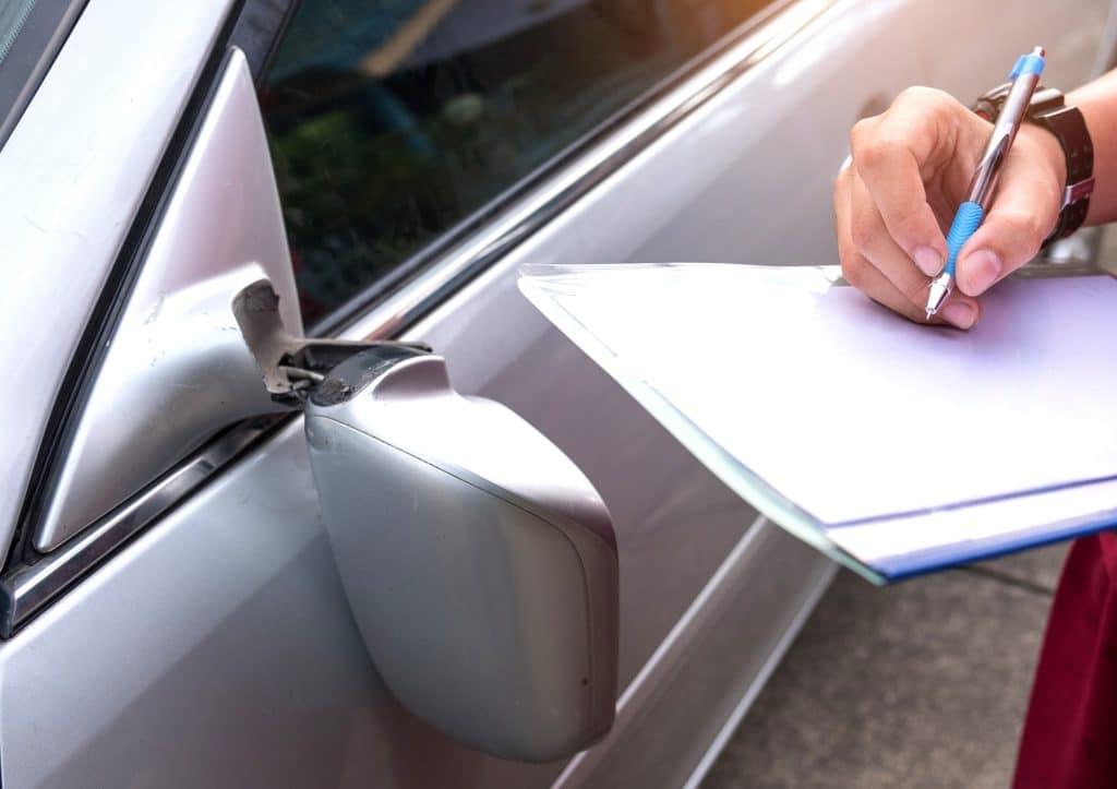 papiers-assurance-voiture-éléments-à-garder